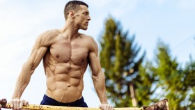 Man Working Out Outdoors thumbnail