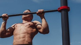 Man Performing a Pullup  thumbnail