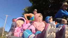 Mom Sets Guinness World Record for Running Marathon With Triple Stroller thumbnail