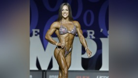 Oksana Grishina at the 2017 Olympia thumbnail