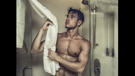 10 Nasty Things Lurking In Your Locker Room thumbnail
