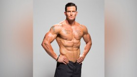Former NFL Punter Steve Weatherford thumbnail