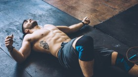 4 Signs That You're Overtraining thumbnail