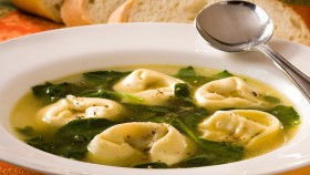 Tortellini and Escarole Soup thumbnail