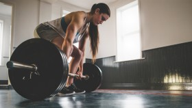 Woman Deadlifting thumbnail