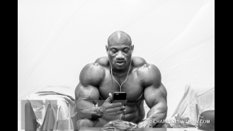 Behind the Scenes at the 2015 Arnold Classic Australia, Part 2  Gallery Thumbnail