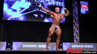 Dennis Wolf's Posing Routine at the 2014 IFBB EVLS Prague Pro Video Thumbnail