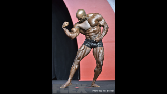 Darrem Charles - Classic Physique - 2016 Olympia Gallery Thumbnail