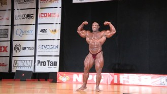 2016 IFBB Pittsburgh Pro Guest Posing: Dexter Jackson Video Thumbnail