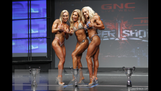 Fitness Final Comparisons & Awards - 2015 IFBB Toronto Pro Gallery Thumbnail