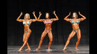 Women's Physique Final Comparisons & Awards - 2015 IFBB Toronto Pro Gallery Thumbnail