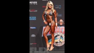 Justine Munro - Bikini - 2016 Arnold Classic Australia Gallery Thumbnail
