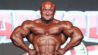 IFBB Pro Robert Piotrowicz Posing Routine at the 2013 Arnold Brazil Video Thumbnail