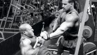 Jay-Cutler-Spotting-Phil-Heath-Cable-Pull-Down