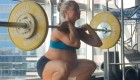 Mom Lifted At 9 Months Pregnant Shows Off Sleek Abs