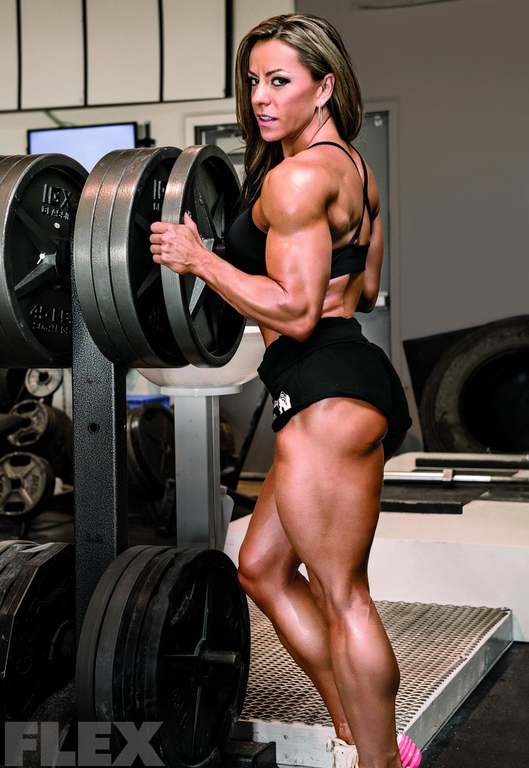 Juliana Malacarne: She's Got Legs   Muscle & Fitness